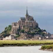 Mont St Michel (Photo by DAVID ILIFF. License: CC-BY-SA 3.0)