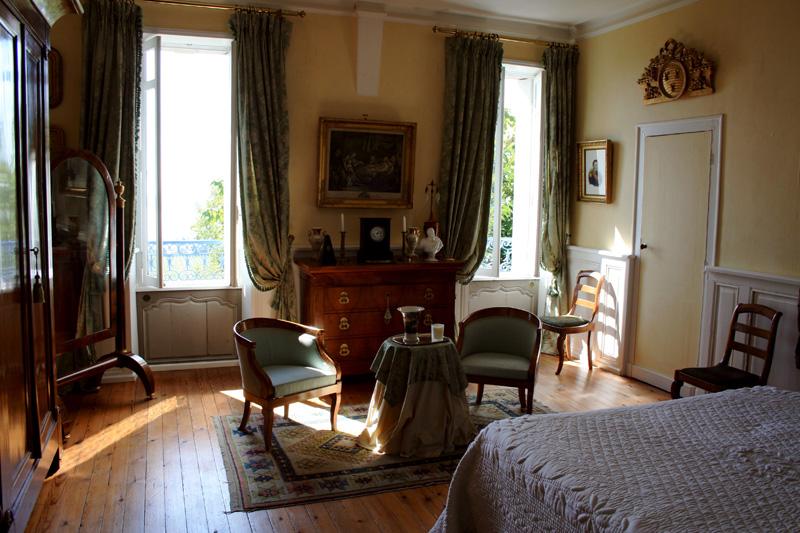 Castel de camillac chambres d 39 h tes bourg en gironde for Chambre d hote gironde