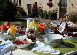 La Ferme de L'Isle Aux Oiseaux, Fontenai sur Orne : petit déjeuner
