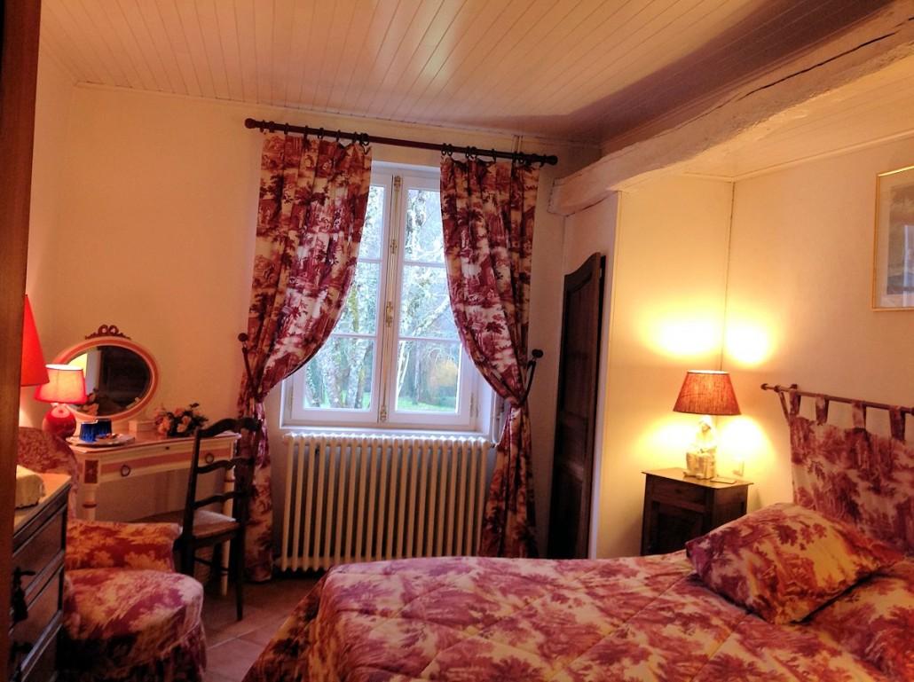 La Maison Rose, chambres d'hôtes à Origne (Aquitaine) : chambre