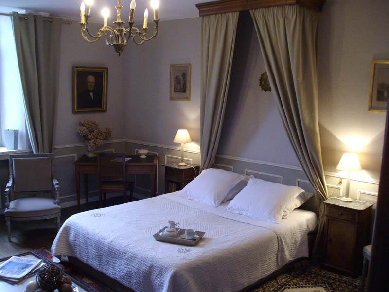 Manoir de la baronnie chambres d 39 h tes saint malo bretagne for Les chambres du manoir