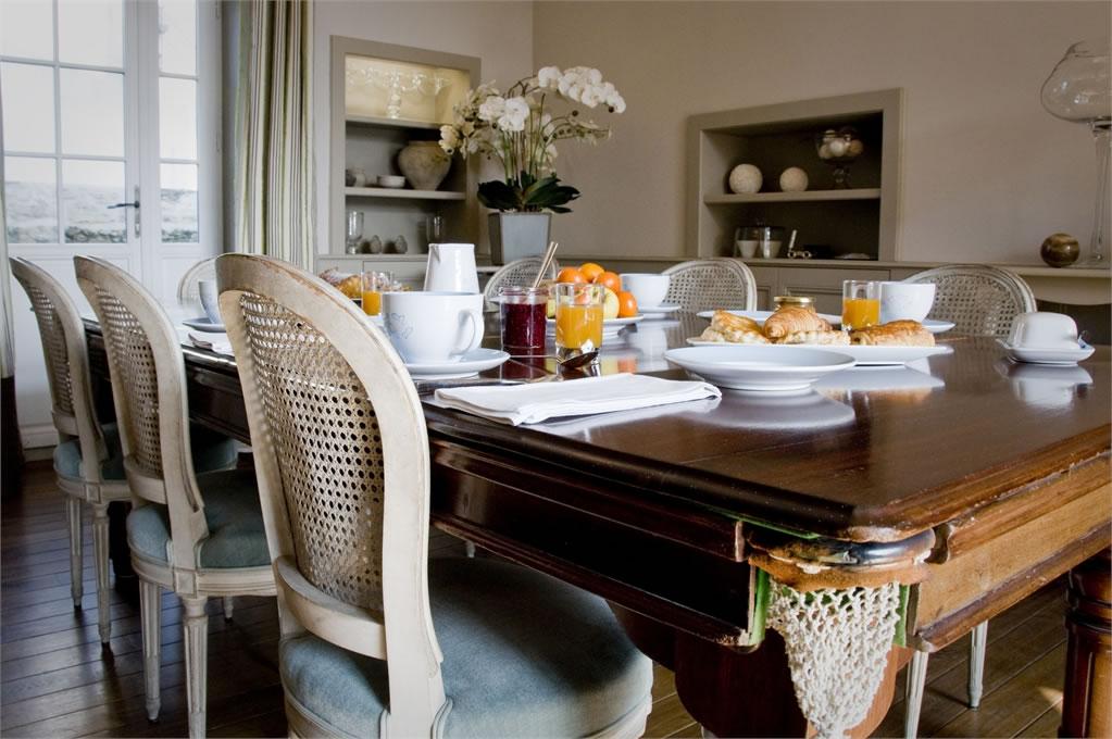 Villa Christilla, maison d'hôtes à Saint-Lunaire (Bretagne) : petit déjeuner