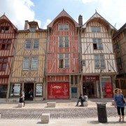 Troyes, Aube : rue Emile Zola