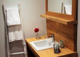 La grange du couvent Ribeauvillé - salle de bain chambre cote terrasse