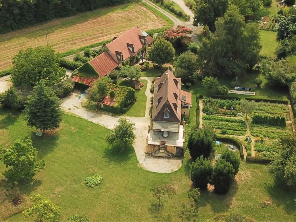 La Lysiane, chambres d'hôtes de charme à Rouffilhac dans le Lot en région Occitanie (vue aérienne)